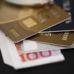 Znáte rozdíly mezi kreditní a debetní kartou?